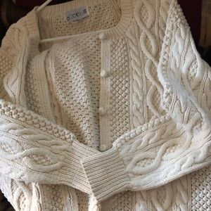 Vintage accento  cable sweater
